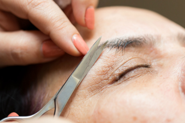 Mens brows